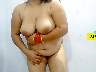 Young Indian Mom Show Boobs and Ass to her Boyfriend