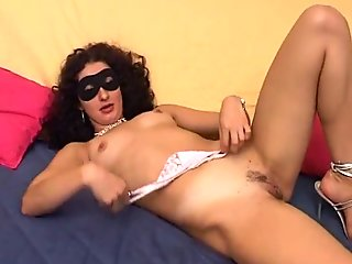 Horny casting bitch big labia, pretty pussy masturbates till orgasm