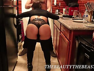 Postmates Girl Comes Inside Home And Sucks Hairy Mans Cock While He Cooks!
