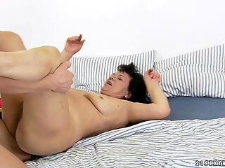 Horny old woman bends over for a clunge drilling
