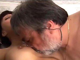Porno Incesto italiano - vecchio porco scopa ragazza vogliosa! italian