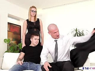 Bisexual ripped duo jizzing spex babe