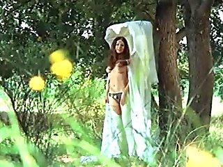 Edwige Fenech - Ubalda All Naked and Warm