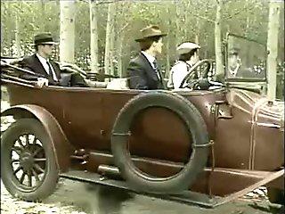 Italian orgy in the car