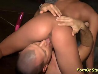 pussy licking by face sitting in public