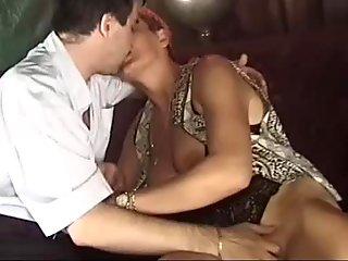 Matura italiana succhia cazzo - milf mature italian blowjob fantastic