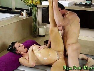 Masseuse in lingerie fuck