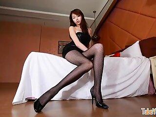Asian Girls - non porn photo session