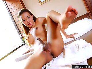 Sultry big tits TS Sammy B masturbates