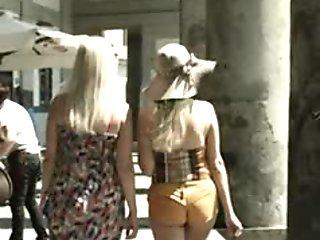 Sexy tourist pretty hot ass (Naples) HQ