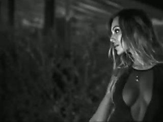 Italian showgirls Veronica Ciardi Sarah Nile lesbian kiss
