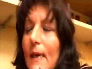 Italian mama - Mom Italiana