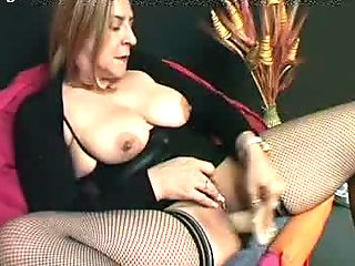 Bionda amatoriale matura e porca Italian blonde mature