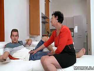 Granny house maid swallows a face treatment cumshot