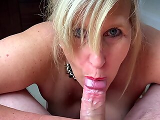 Filthy Cock Hungry Step Mom Gobbles a Mouthful of Hot Cum!