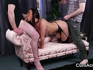Foxy sex kitten gets cumshot on her face swallowing all the juice