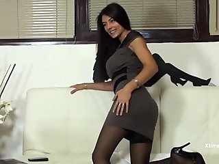 Sofia Cucci has an orgasm in black high stockings and squirts
