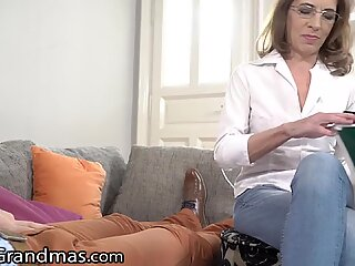 Mature Therapist Takes Patient's Cum in Mouth