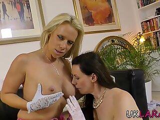 Stockings milf eating lesbians pussy