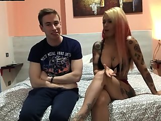 CLAUDYA STELLA GIVES A SEX LESSON TO MAX FELICITAS
