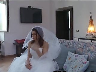 the unfaithfull italian wife. A nice novice bride makes cuckolds her husband on the wedding day with a big black cock