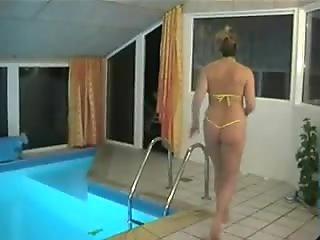 Italian housewife