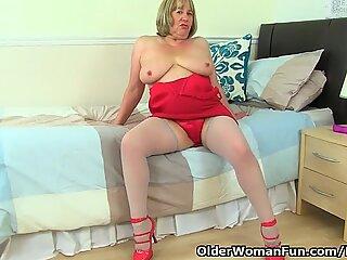 brit grandmother Trisha and plows her dildos