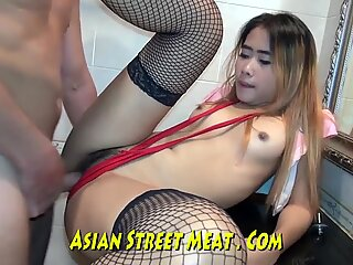 Clean Proportionate Chunky Asian Fucker