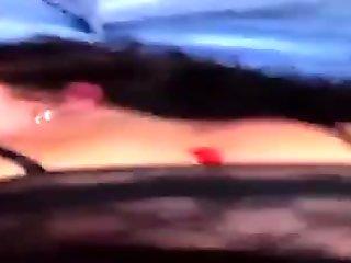 scopata a pecorina da un sconosciuto