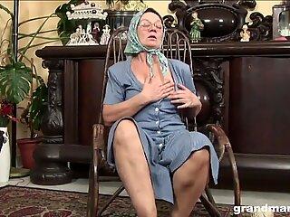 Knitting 70-year-old grandma fucks and sucks like a champ