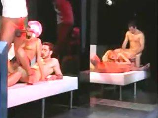 FANNY BRAVO (threesome in disco)