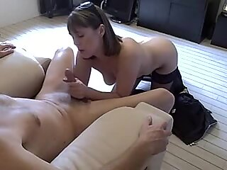 Alluring amateur throat fucks this hard throbbing cock