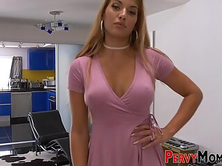 Mexican cougar gets fucked and facialzied