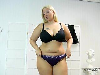 cathy facesitting slavegirl