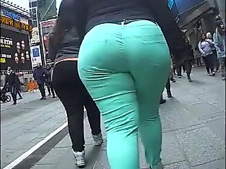Incredible Megabooty Green PAWG