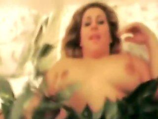 Homemade Sex With Playful Italian Amateur MILF